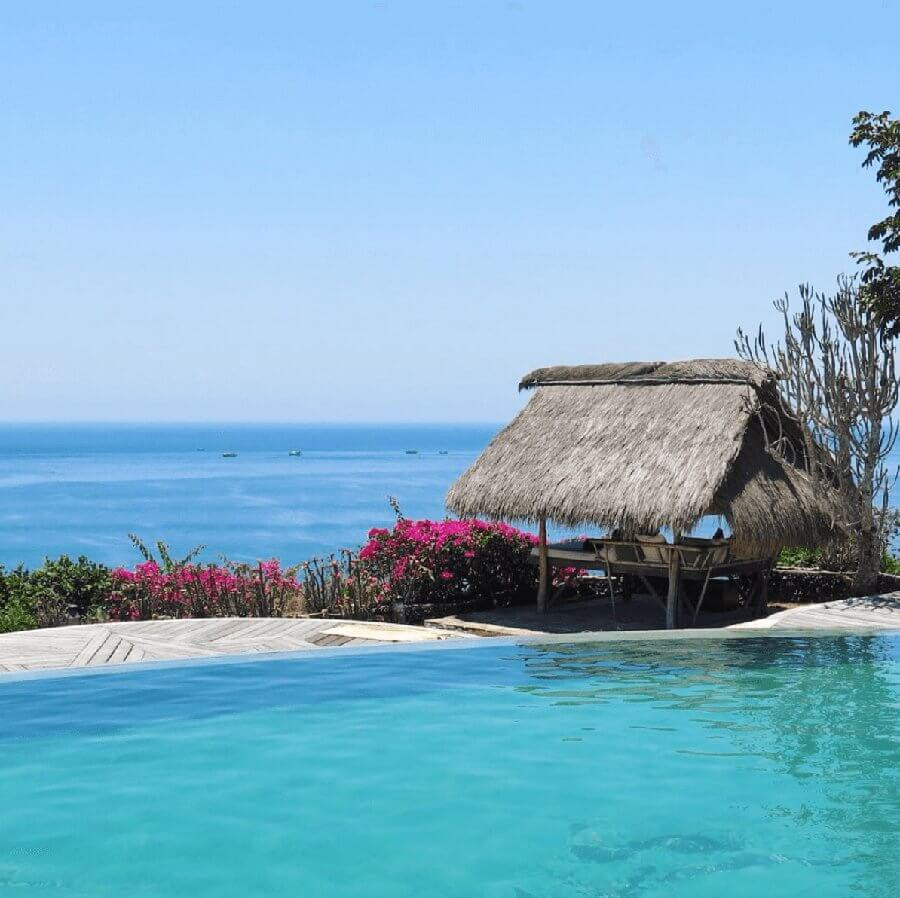 BALI'S BEST SURF ACCOMMODATIONS WITH A VIEW