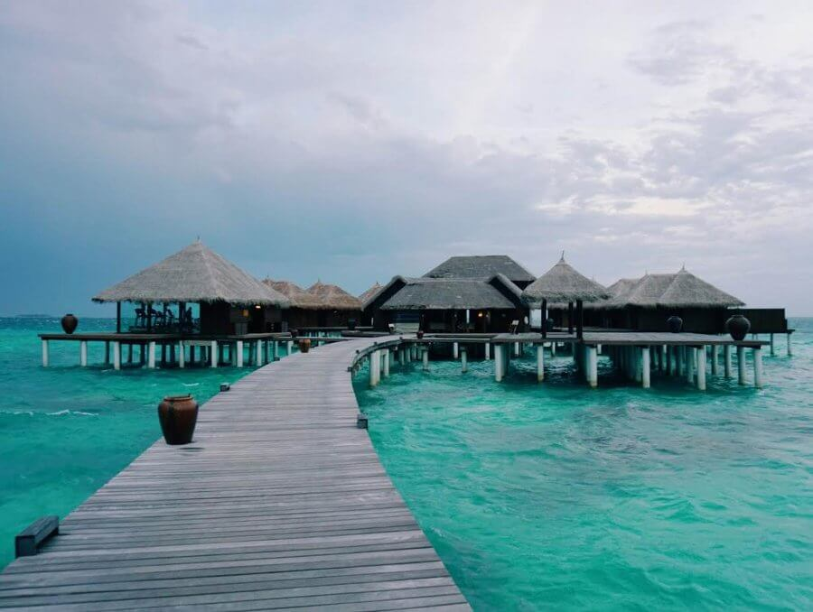 Maldives travel diary Coco Bodu Hithi by @danimansutti