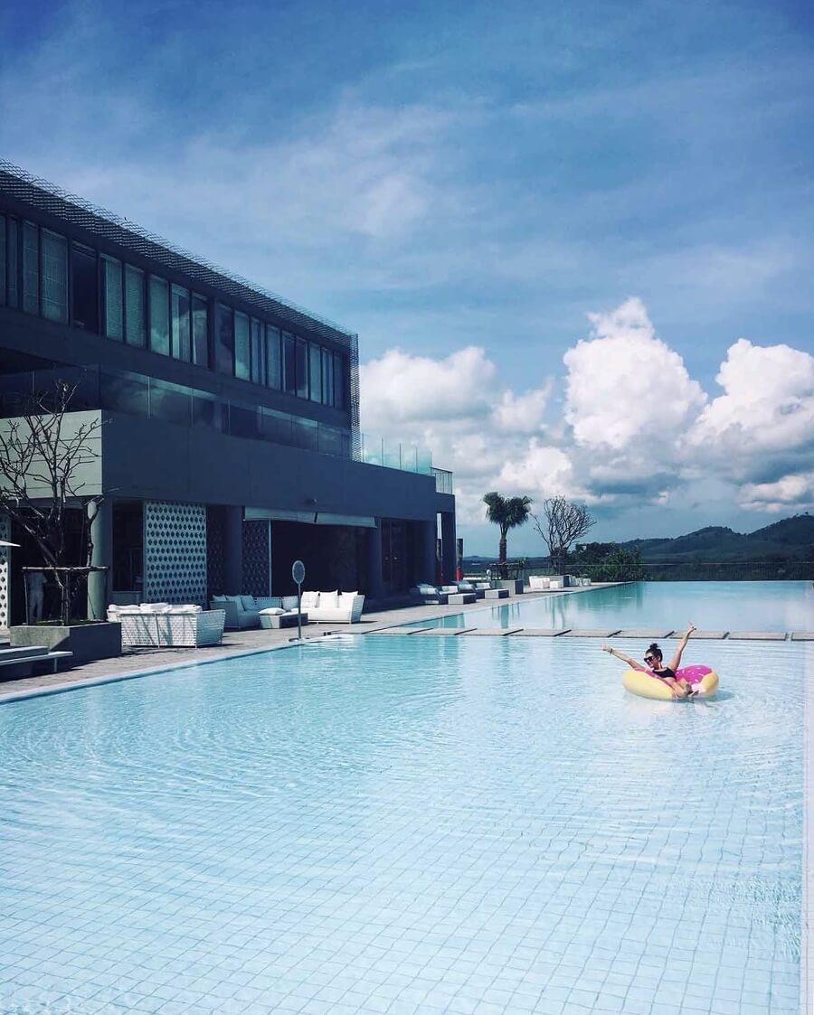 Phuket Travel Diary by @Vanillacrunnch