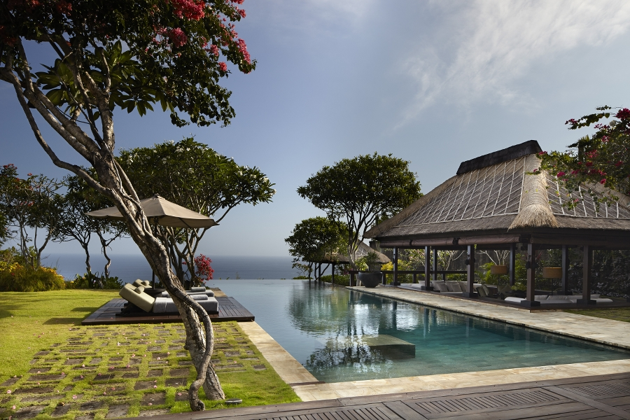 BALI'S BEST LUXURY HOTELS