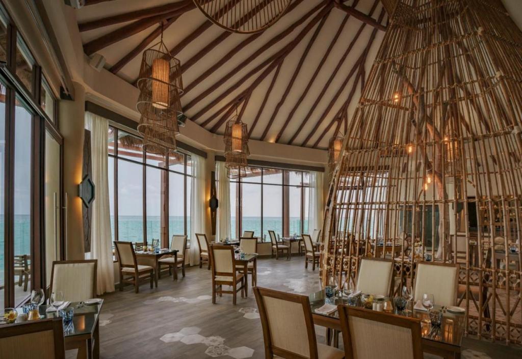 best luxury resorts mexico